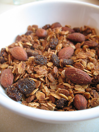Coconut-Almond Granola_1