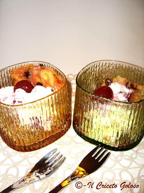 Coppe alle ciliegie  sciroppate e panettone loison 2