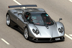 Pagani, Zonda F, MAD, Admiralty, Hong Kong (Daryl Chapman's - Automotive Photography) Tags: auto china cars car canon hongkong crazy cool italian 7d autos mad sar admiralty pagani zondaf 18135mm worldcars