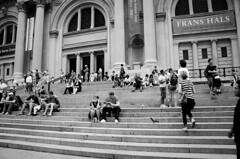 MET Steps (brittreints) Tags: newyorkcity blackandwhite newyork metropolitanmuseumofart