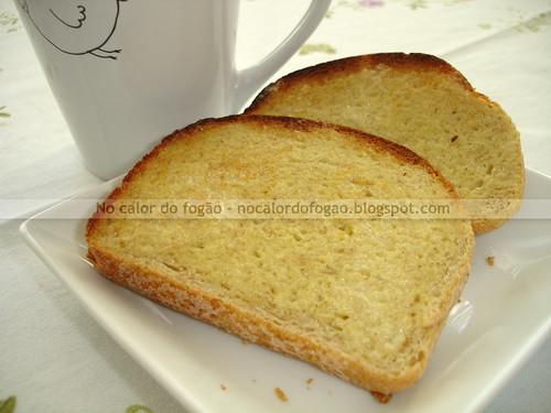 Pão de semolina e gérmen de trigo