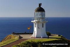 Cape Reinga lighthouse - New Zealand (My Planet Experience) Tags: voyage trip travel newzealand lighthouse canon island nz tasmania northisland northland kiwi tasman northern phare antipode capereinga le oceania mori tasmanie nouvellezlande ocanie aupouripeninsula tererengawairua ledunord wwwmyplanetexperiencecom myplanetexperience