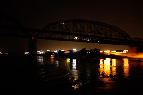 train-on-bridge2