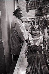 Sri Vadapathira Kaliamman Temple, Little India, Singapore (chuanwang) Tags: bw india film zeiss temple singapore little kodak trix 400tx contax sri carl spore t2 contaxt2 sonnar 3828 kaliamman vadapathira