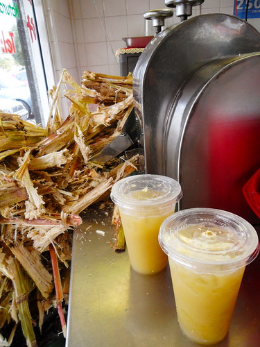 Ben Thanh Sugarcane Juice Machine