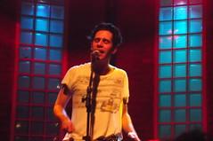 Thiago Pethit @ Bourbon Street (* Tati) Tags: show music color festival concert live gig livemusic band musica poesia bourbonstreet nouvellevague thiagopethit berlimtexas berlintexas
