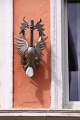 (:Linda:) Tags: bird animal germany town thuringia vogel flagholder animalsculpture fahnenhalter neustadtanderorla