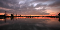 Albert Park at dusk (kth517) Tags: evening dusk australia melbourne victoria albertpark 澳洲 aftersunset 墨爾本 黃昏 維多利亞州