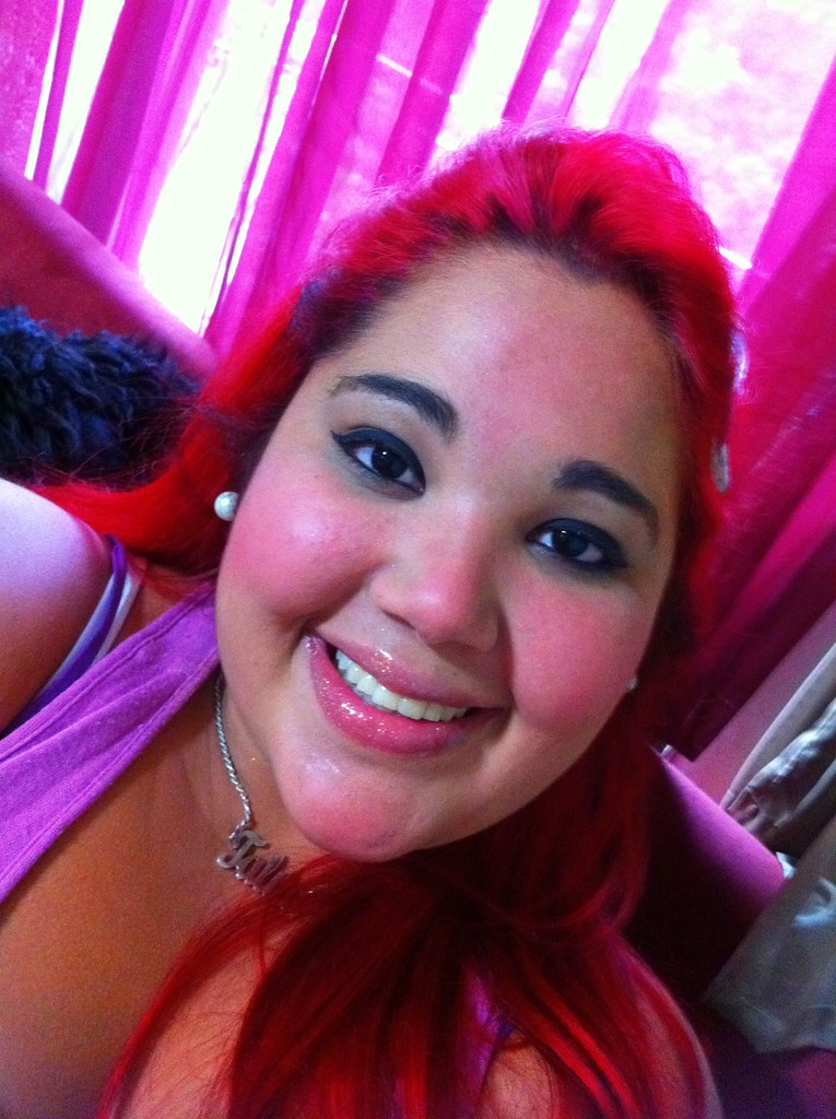 (Drama Queen s) Tags  cores mulher olhos meiga vermelho linda sorriso feliz  boca menina 0cda69b7ad