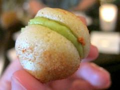 Avocado Macaron