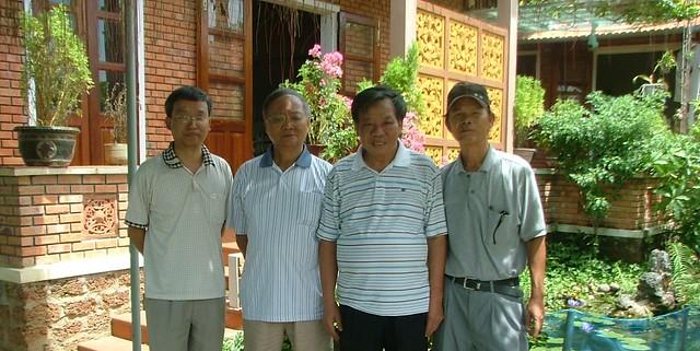 TDT, anh Bình, Gs Hoàng Đạo Kính avf Thạc sĩ Trần Thành