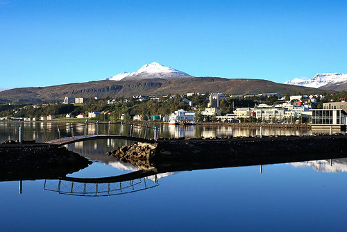 Ein frá í fyrrahaust by Guðný Pálína