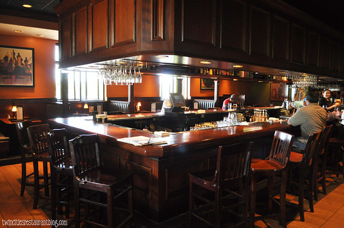 Bar Area at Houlihan's ~ Eagan, MN