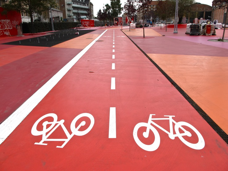Bicycle highway / the red square