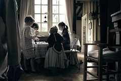 Jeux (sparth) Tags: leica old house playing france kids children table holidays play cousins august games scene catan enfants region x1 sons jeux perche 2011 charbonniere leicax1