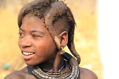 Niña Himba (rmgportu) Tags: africa portrait people african culture tribal safari afrika tribe ethnic namibia tribo himba afrique ethnology tribu namibie tribus ethnie