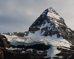 Glacier on Mt Assiniboine (Laurent L.) Tags: mountain canada nature rockies scenery location hike trail backpacking alberta wilderness banffnationalpark sunshinevillage mtassiniboine mountassiniboineprovincialpark lakemagog