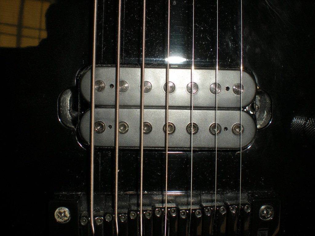Axis AH27 Bridge Pickup