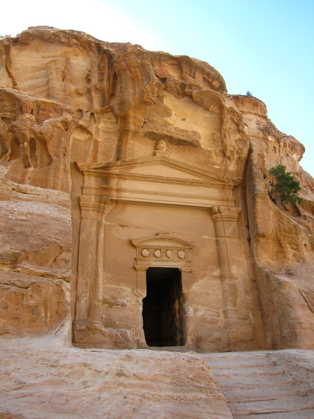 6098056301 855328b24a z Bedouins of Petra