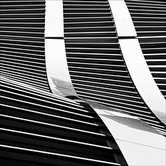 where the diamonds live (barbera*) Tags: lines japan architecture facade reflections tokyo ginza curves barbera debeersbuilding junmitsuiassociatesarchitects aroundwithtanakawho 8176a