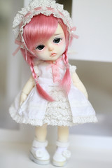 PinkieBell (Aya_27) Tags: pink white girl look yellow angel big eyes doll sad heart princess bell sweet girly unique clown special lea bjd custom dollfie limited pierrot dollie latidoll lati faceupbyandreja enchanted14mmeyes pinkiebell limitedelfleaoutfit