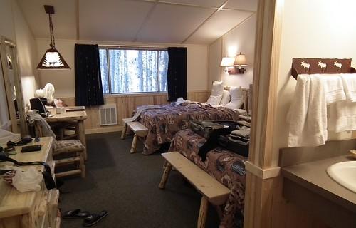 cabin Lake Lodge