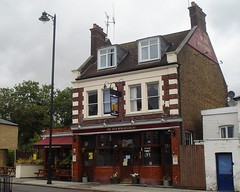 Picture of Old Wheatsheaf, EN2 6SE