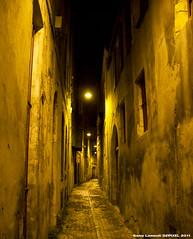 Bordeaux by night (dzpixel) Tags: summer france architecture night canon lights nice europe bordeaux lumiere belle vin ruelle t nuit beau ville sud vieux eclairage gaule