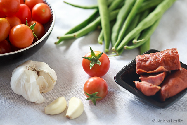 Green beans, cherry tomatoes, garlic, sausage
