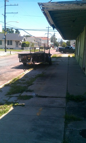 Trailer in front of old Knights of Columbus Hall on Apple @ Dante