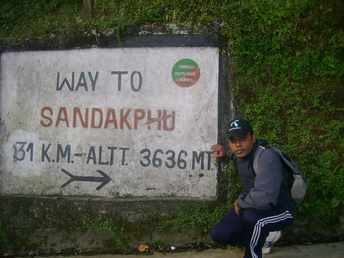 The road to Sandakphu