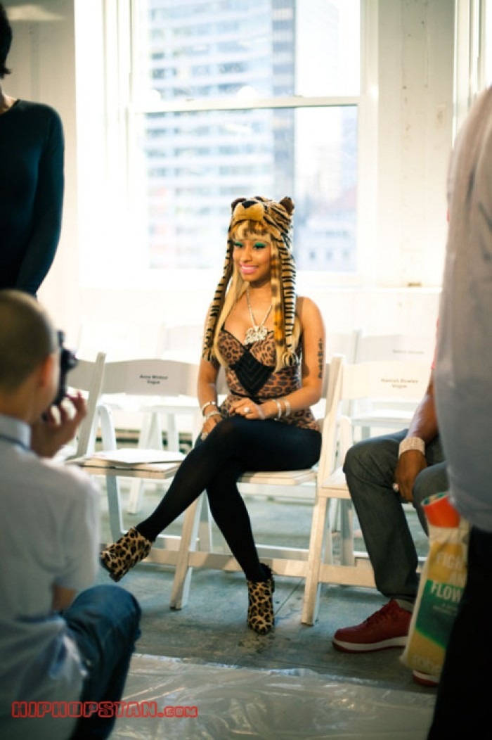 Nicki-Minaj-Animal-Print-Outfit (10)