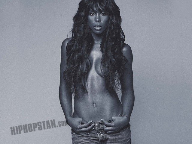 Kelly Rowland - Digital Booklet - Here I Am_Page_03