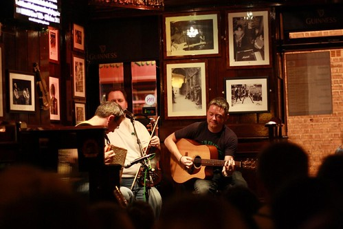 Live music @ the Temple Bar
