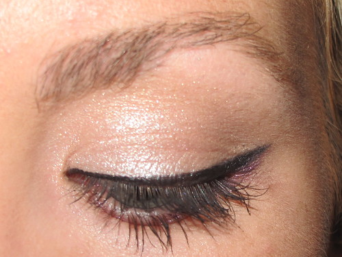 Livingaftermidnite - Get the Look Cat Eye