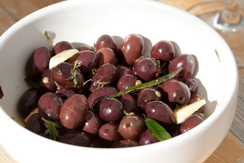 Marinated olives / Marineeritud oliivid