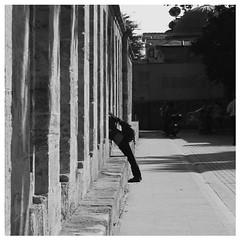 © Stefan Höchst (It's Stefan) Tags: people blackandwhite bw blancoynegro monochrome turkey person fotograf leute photographer noiretblanc türkiye istanbul menschen türkei biancoenero トルコ sultanahmetcamii sultanahmetmosque 黑与白 fotoğrafçı kişi 黑與白 sultanahmetmoschee siyahvebeyaz schwazweis 黒と白 イスタンブール、 スルタンアフメットのモスク 人写真の撮影者 ©stefanhöchst