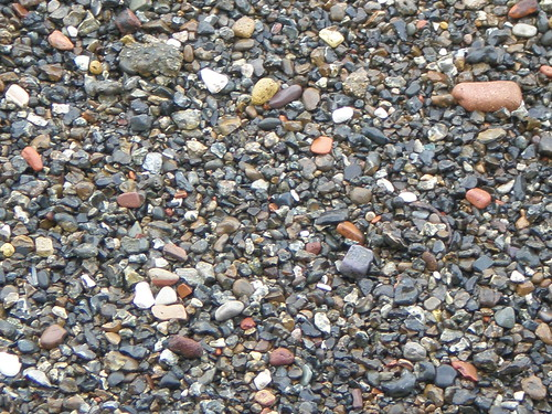 Thames pebble beach