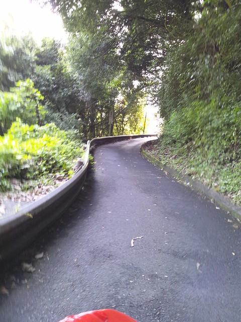 F-1カートの山間コース2の写真