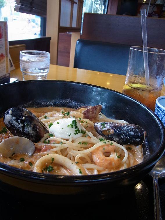 RICOH CX5・食べる前のスープパスタ