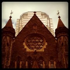 Hier a aujourd'hui (Luc Deveault) Tags: canada church contrast downtown montreal qubec eglise centreville deveault lucdeveault