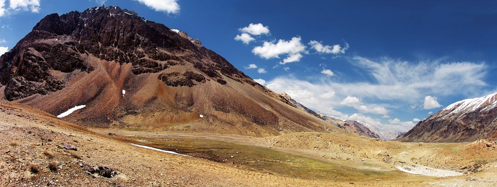 Где-то по дороге в Лех. Ладакх, Индия. Панорамы Гималаев