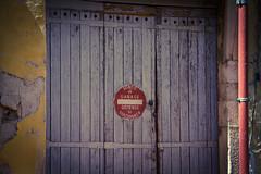 Sortie de Garage (Daria Angeli) Tags: wood summer france europe grasse garage august 2011 otw flickraward flickrestrellas spiritofphotography
