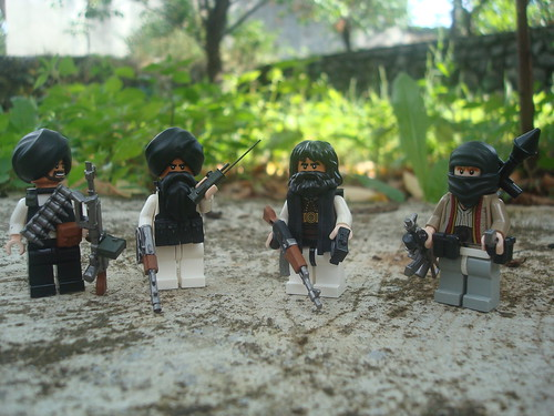 Custom minifig Taliban fighters