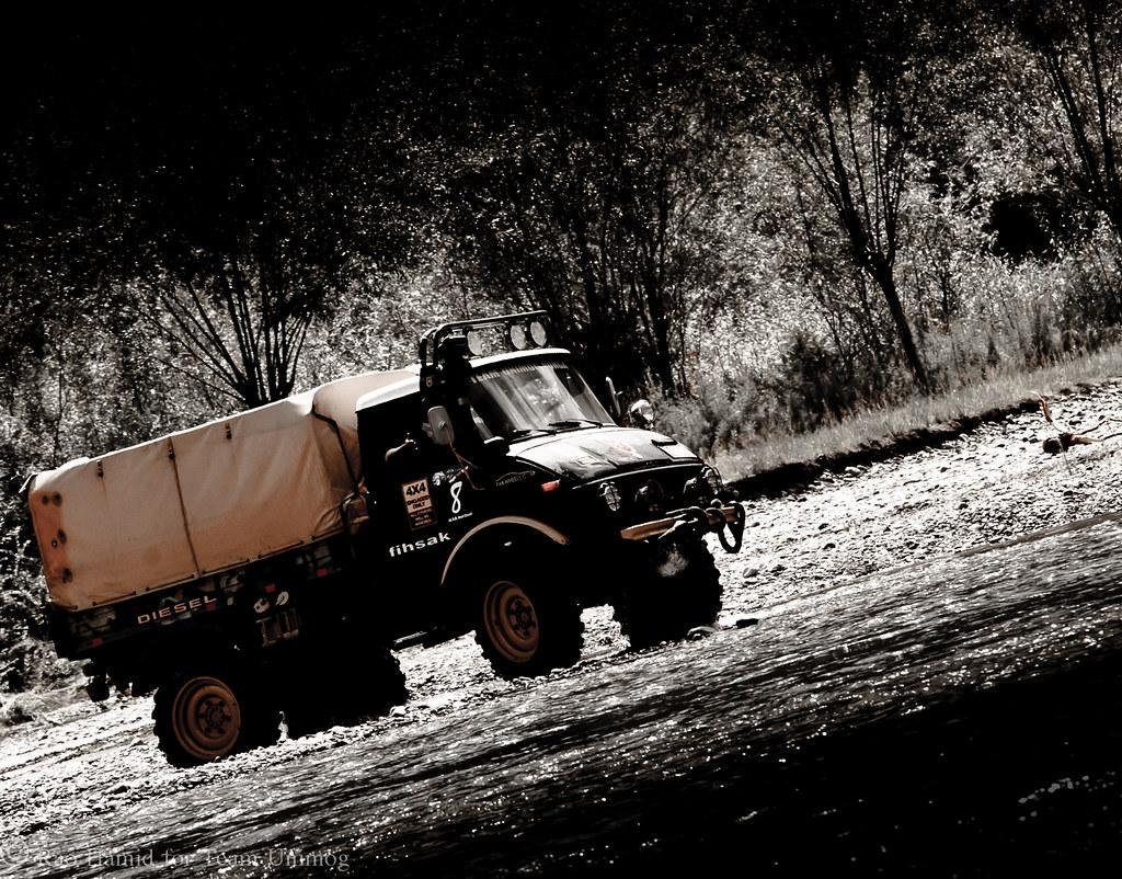 Team Unimog Punga 2011: Solitude at Altitude - 6127872128 6919360a64 b