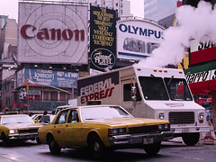 1991 - New York - Manhattan - Times Square (Demetrio1963) Tags: nyc newyorkcity travel viaje newyork manhattan taxi viajes timessquare getty bigapple gettyimages demetrio