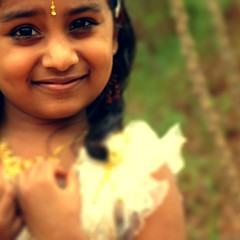 shivani (aphotoshooter) Tags: portrait india girl kid child bokeh kerala aps onam shivani aphotoshooter adimaali unniettan