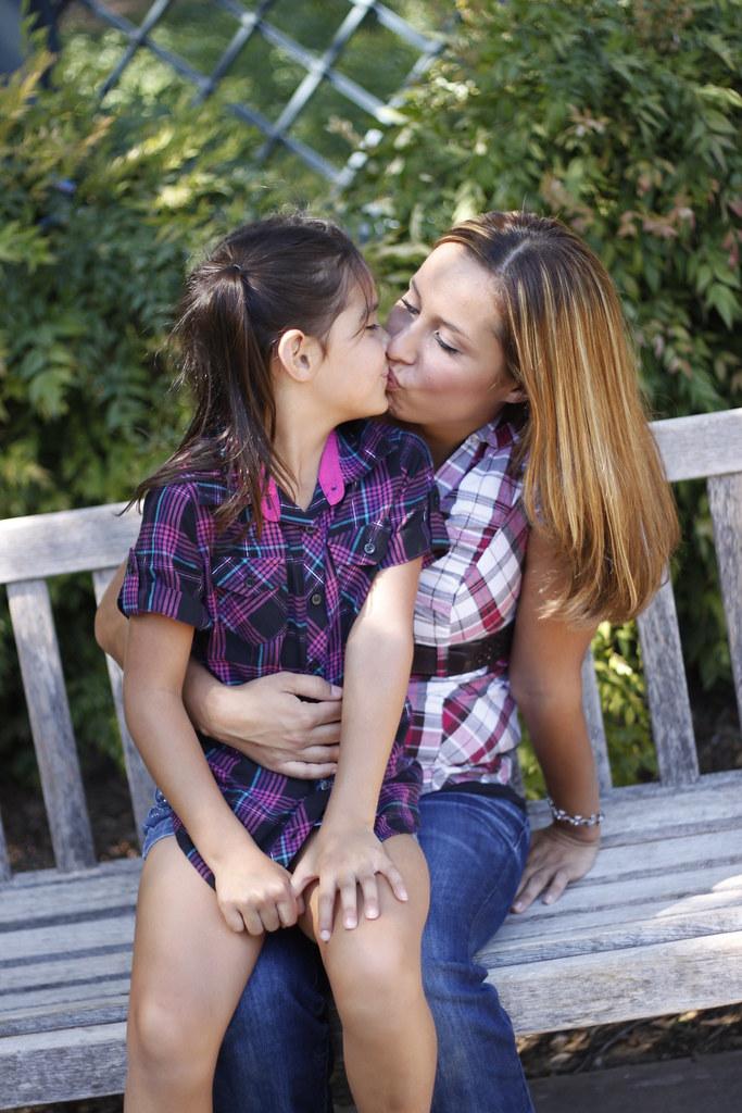 moms lesbian kiss Bad
