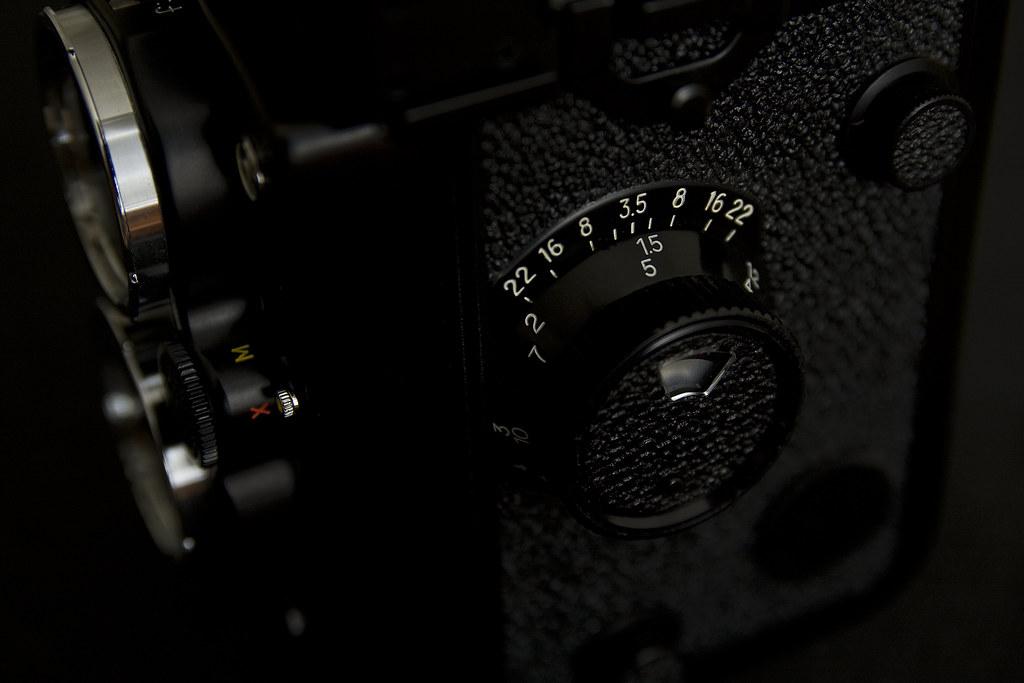 Camera Porn - Yashica Mat-124G