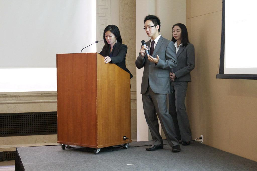 SFU SIAS 2011 Q2 Performance Review Presentation
